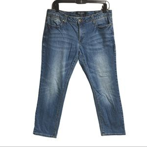Max Jeans Mid Rise Light Wash Crop Jeans Size 10